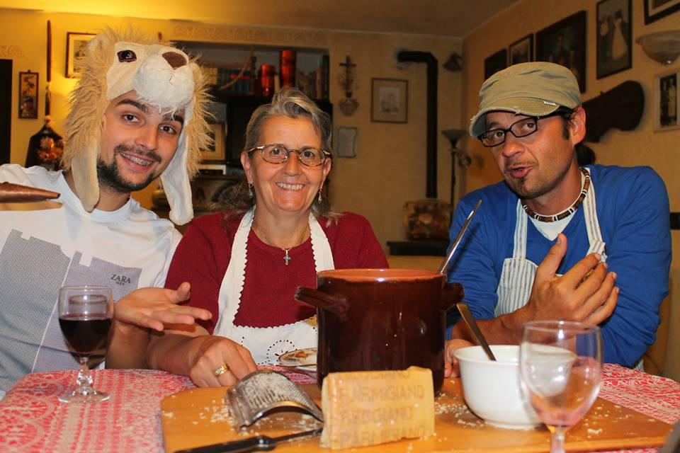 Alex e Vale nelle cucine delle nonne