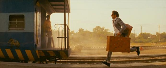 "Fotogramma film ""Un treno per Darjeliing"" di Wes Anderson"