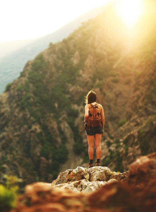viaggiare da soli ci rende più forti